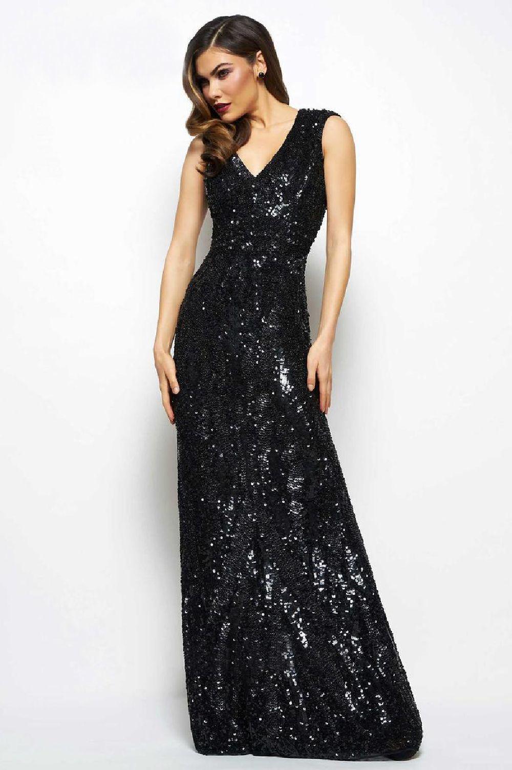 Mac Duggal 194 Черное платье расшито бисером и пайетками по всей длине, длинна в пол, небольшой шлейф