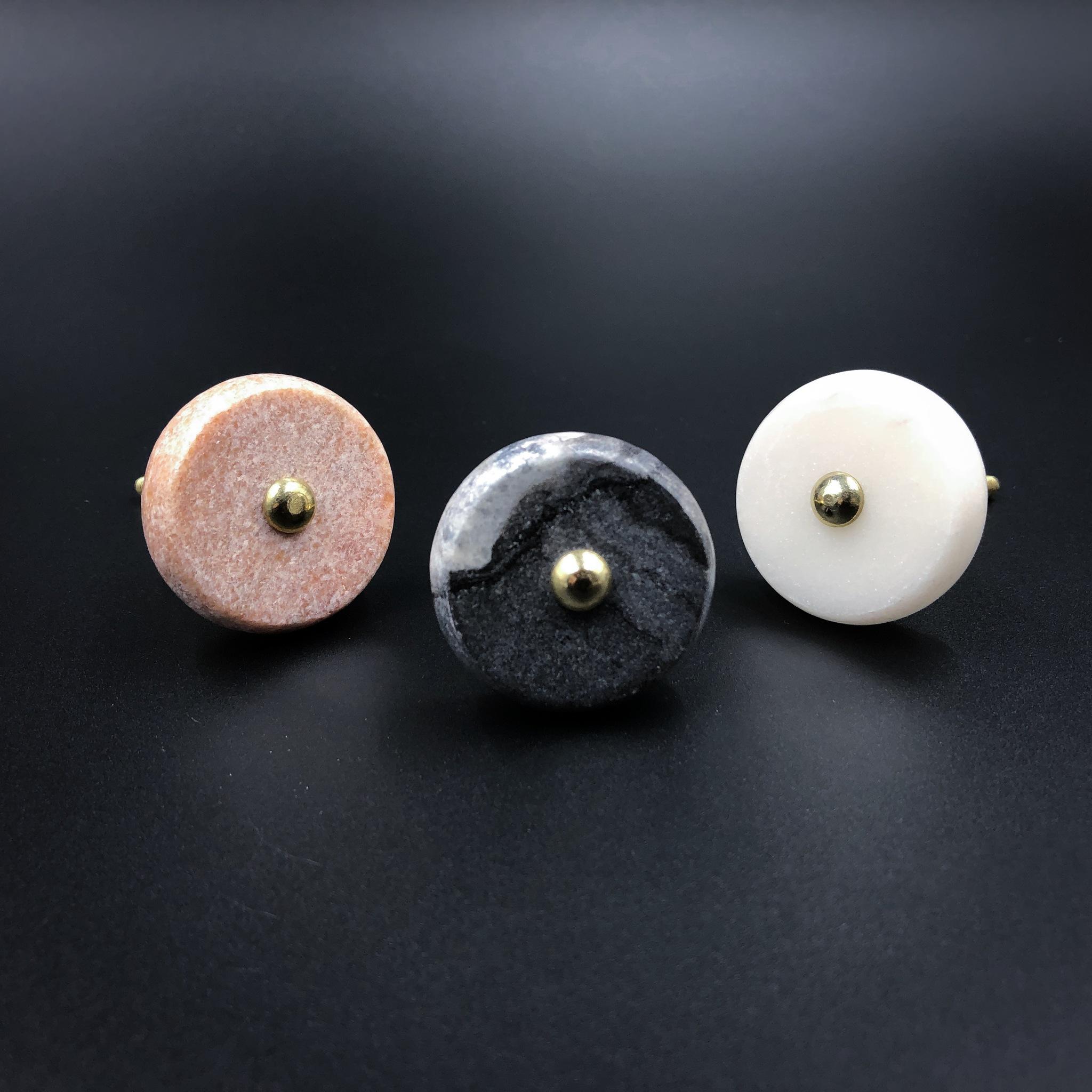 Необычные ручки Ручка из каррарского мрамора L4 IMG_2937.JPG