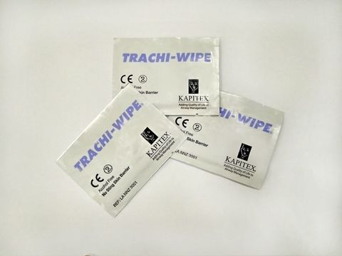 Чистящая салфетка для ухода за трахеостомой Trachi-Wipe