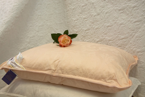 Подушка шелковая  Elisabette Элит 50x70 1.2кг - персиковая
