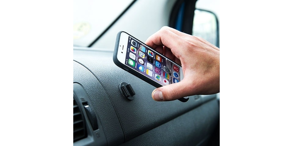 Крепления для смартфона SP Adhesive&Adapter Kit в машине