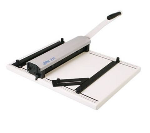 Ручной биговщик-перфоратор Cyklos GРM 315: максимальная раб.ширина: 315мм, плотность бумаги биговка: до 400г/м2, плотность бумаги перфорация: до 250г/м2, угол биговки/перфорации: 0-90 градусов, ширина бига: 1,2 / 1,8мм, бигов на лист: 3.