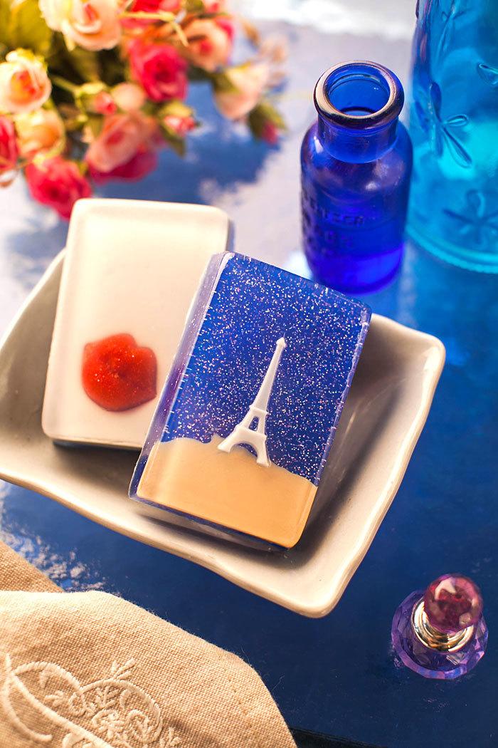 Пластиковая форма для мыловарения Эйфелева башня