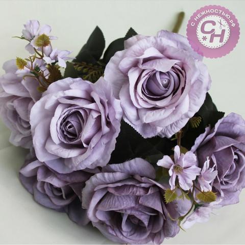 Букет роз Евро с цветочной добавкой, 6 голов+добавка, 46 см.