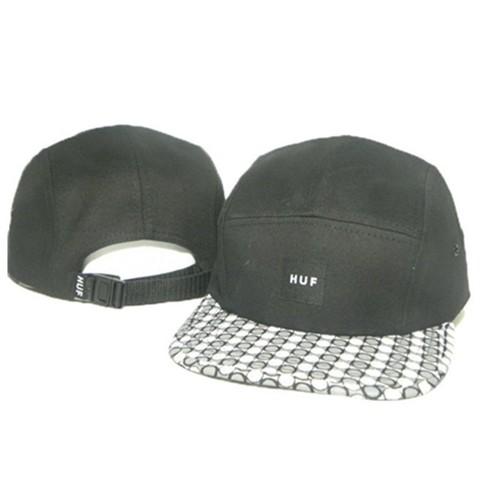 Кепка HUF (Бейсболка Хаф) черная с лепестками