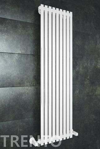 Trento White - белый дизайн полотенцесушитель с прямоугольными вертикалями.