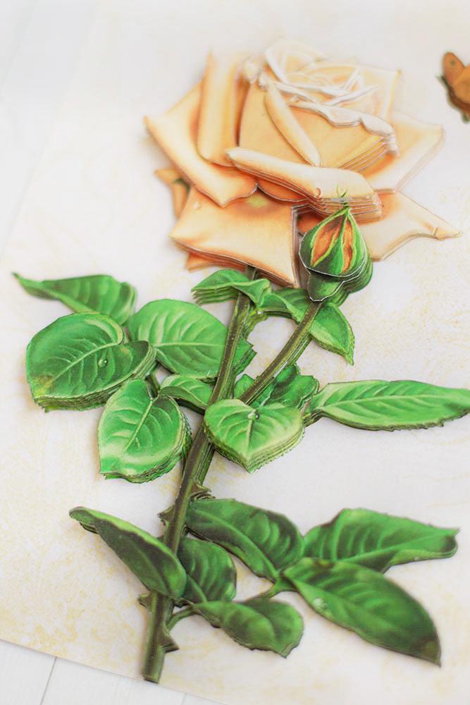 Винтажная роза - готовая работа, вид снизу.