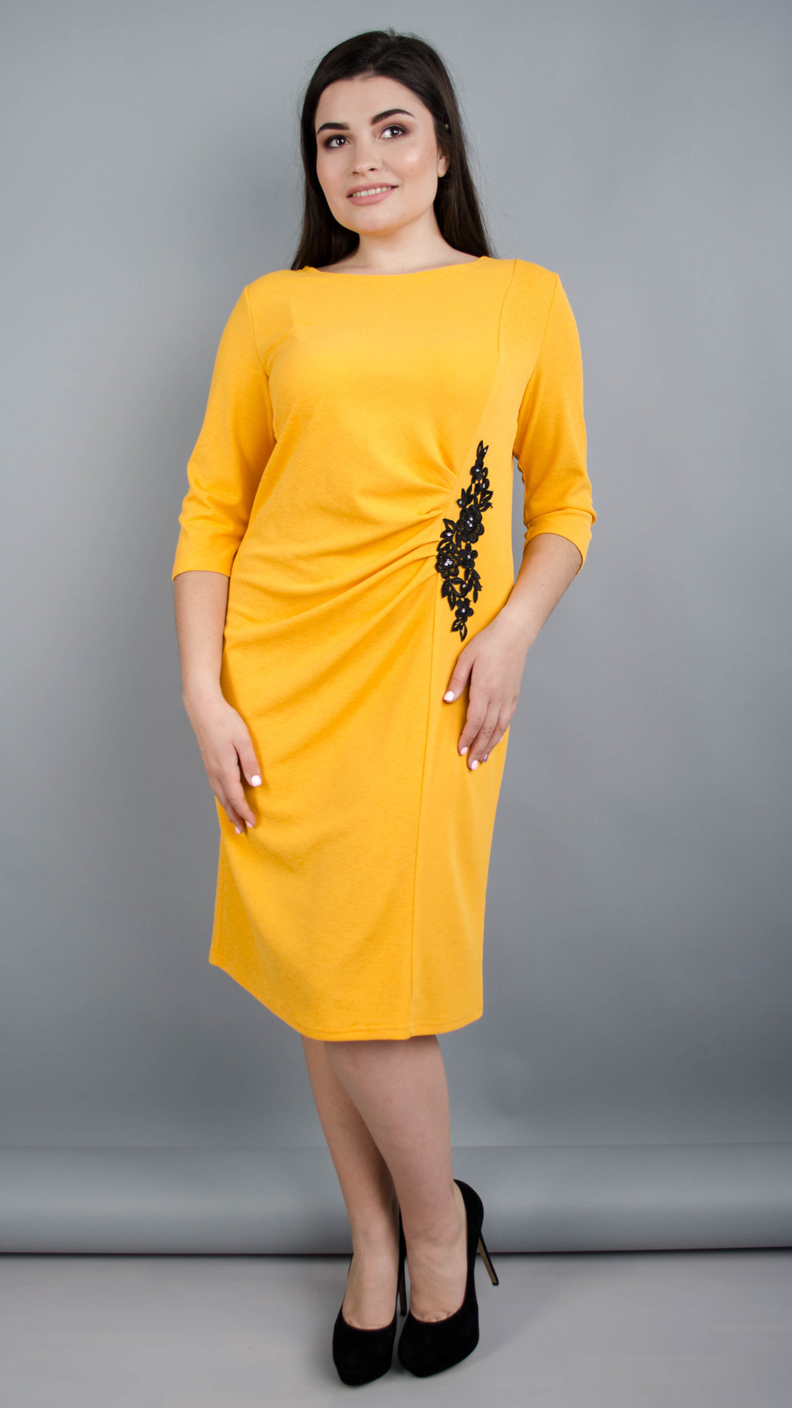 Тейлор. Гарна жіноча сукня плюс сайз. Гірчиця.