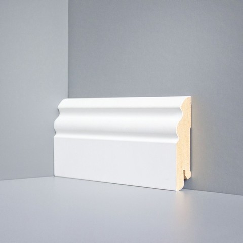 Белый ламинированный плинтус DEARTIO U105-80