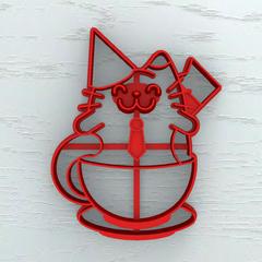 Кот в чашке