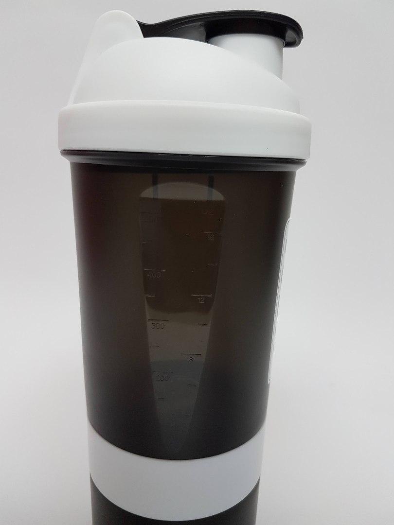 Шейкер Megaprotein (Черный)