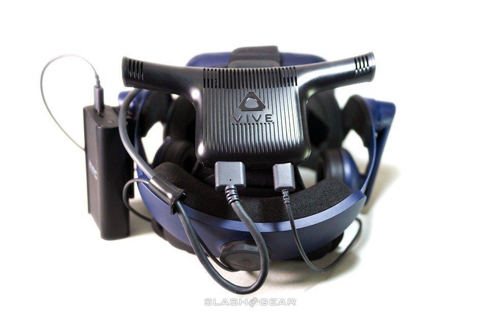Комплект для крепления беспроводного адаптера VIVE Pro