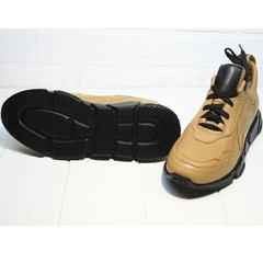 Бежевые кожаные кроссовки женские Poletto 2408 DB