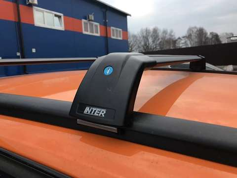 Багажник Inter AEROSTAR АЭРОСТАР R-76i черный на низкие рейлинги