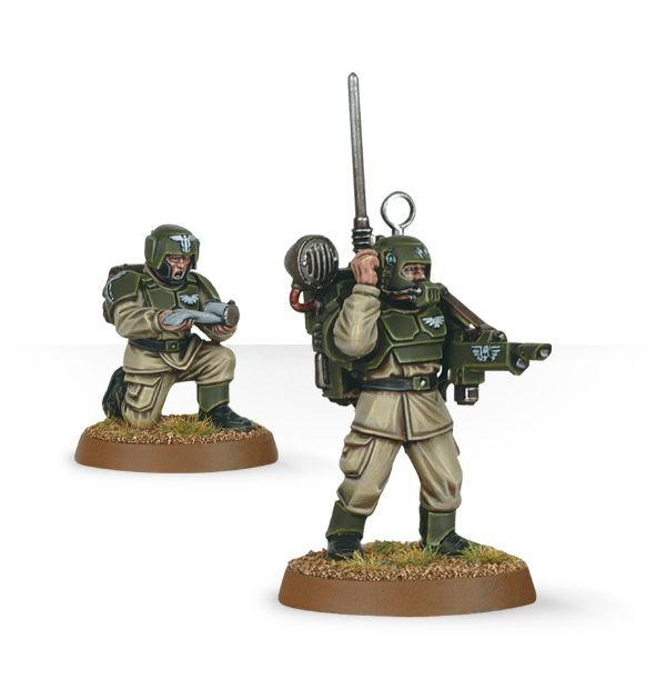 Cadian Command Squad. Радист и медик