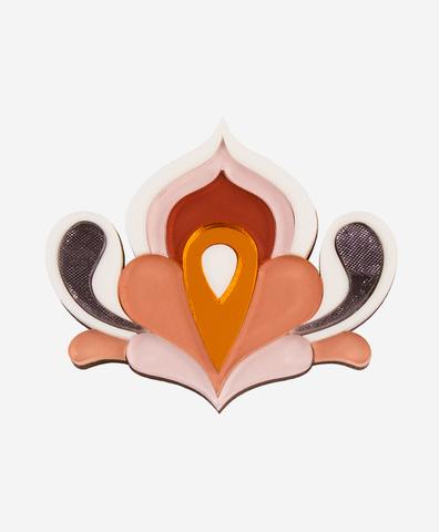 Брошь Lotus Apricot