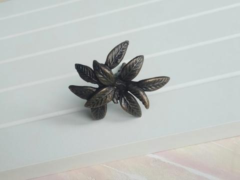 Ручка мебельная металлическая - цветок, арт. 000820