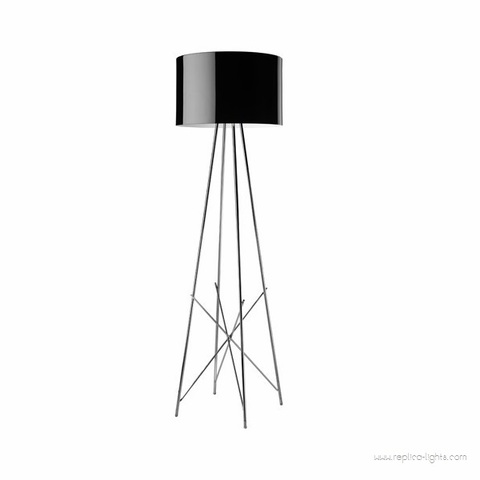 replica  Ray table lamp