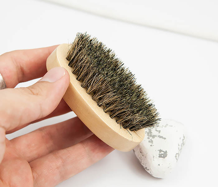 RAZ348 Деревянная щетка для бороды из щетины кабана фото 06