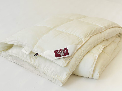 Элитное одеяло кассетное 200х220 Non-Allergenic Premium шампань от German Grass