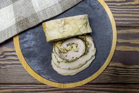 Мясной рулет из курицы с сыром