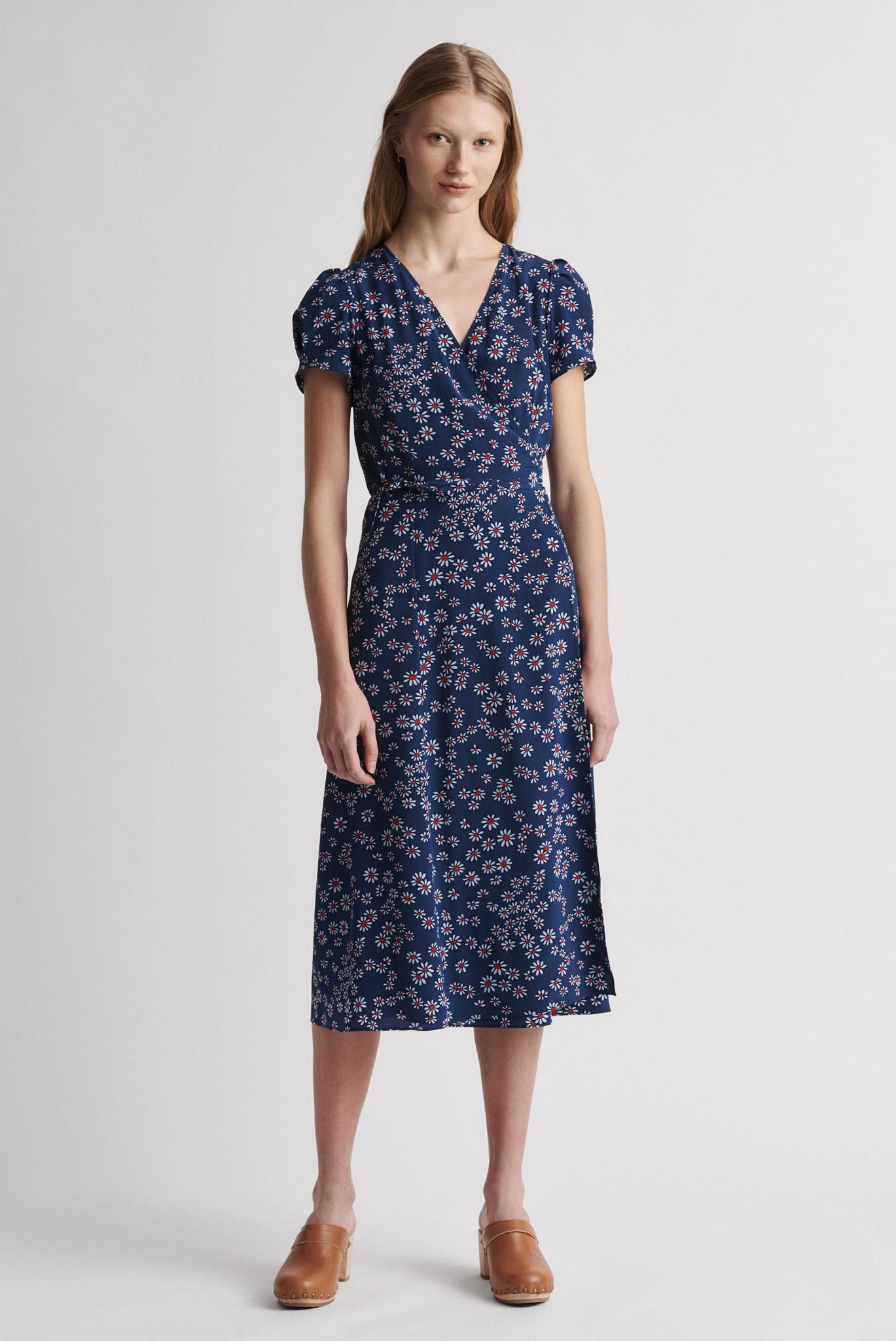 SARA - Платье с запахом из шелка с принтом