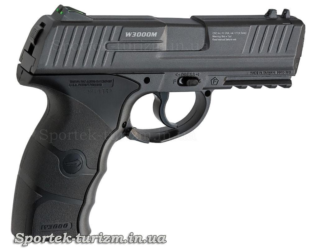 Вид справа на газобаллонный пневматический пистолет Borner W3000M калибра 4,5 мм