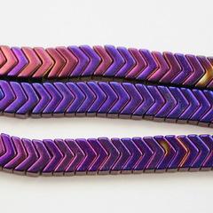 Бусина Гематит (искусств), шеврон, цвет - фиолетовый с бензиновым отливом, 6х4х3 мм, нить