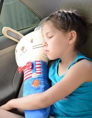 Подушка на ремень безопасности для детей Зайка