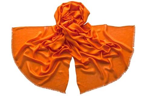 Палантин из шелка оранжевый 4729