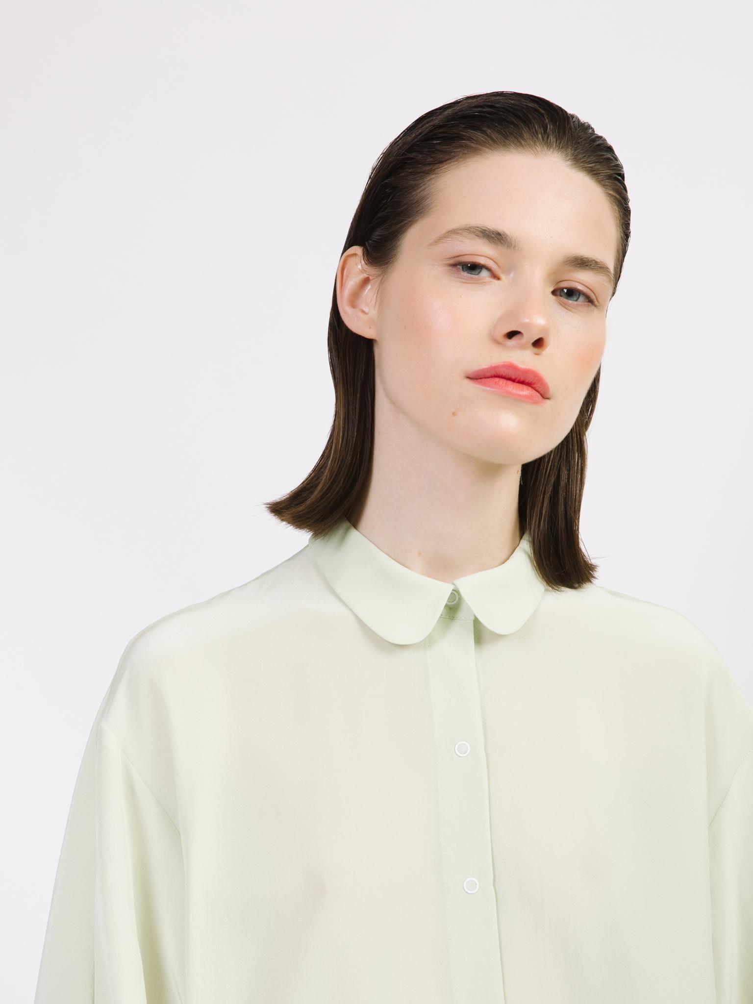 Блуза с  кокеткой