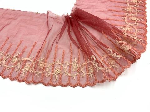 Вышивка на сетке эластичная кармин/лосось (левая), Италия
