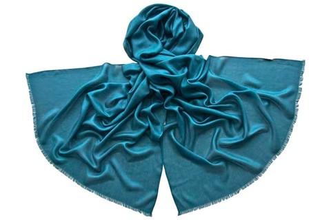 Палантин морская волна из шелка 4733