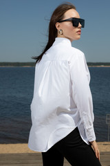 Рубашка свободного кроя со стойкой