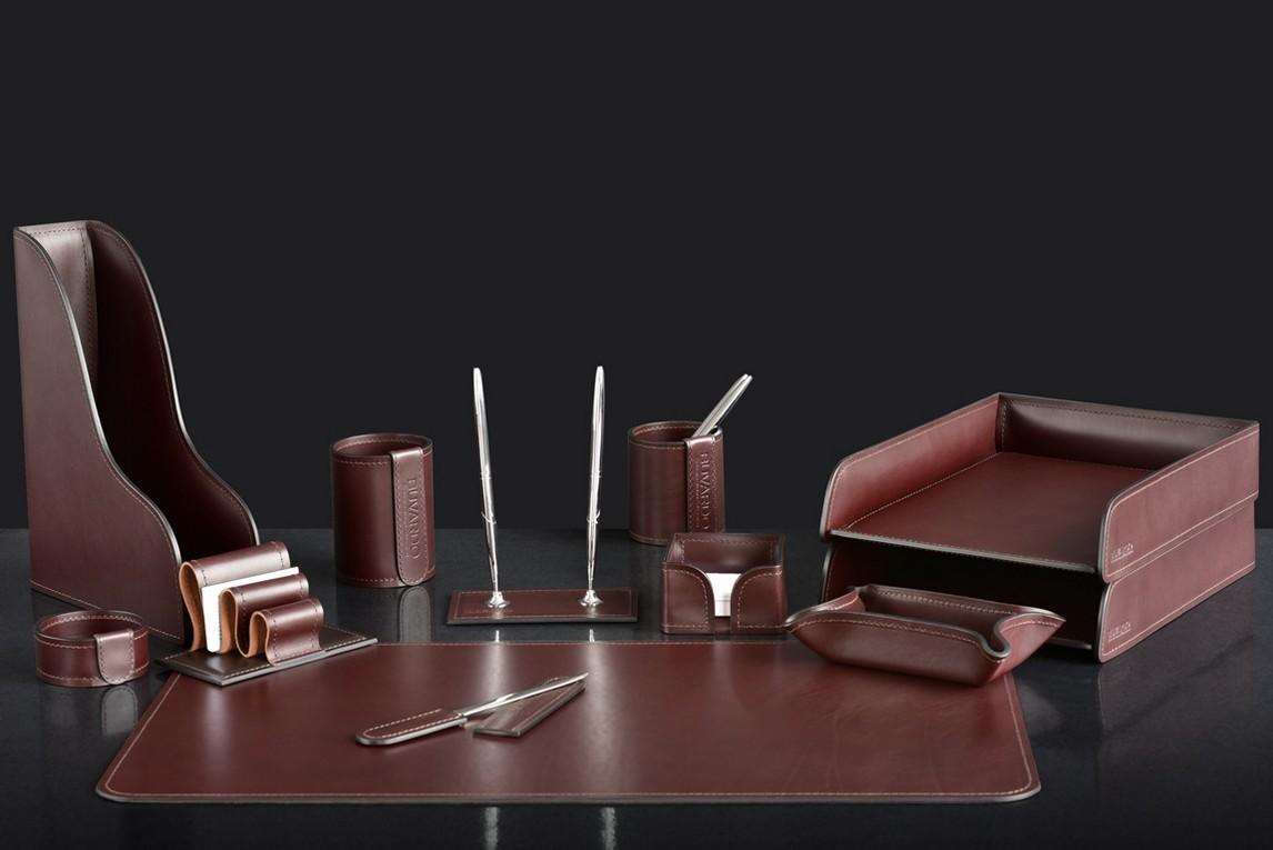 На фото набор на стол руководителя 73217 12 предметов кожа LUX Full Grain цвет