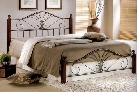 Кровать РАВЕННА Mara двуспальная металлическая с деревянными ножками 160х200 темный орех