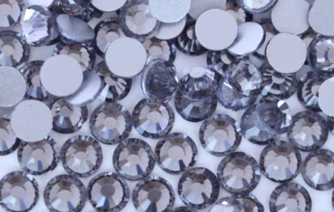 Стразы SS5 черный бриллиант 100 шт