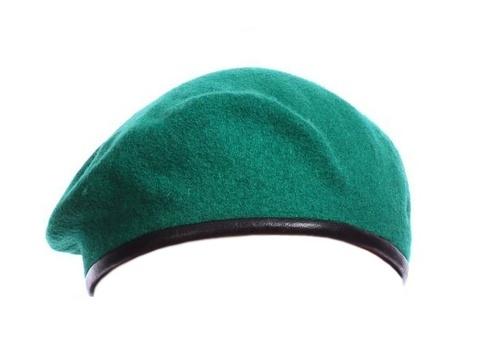 Берет зеленый бесшовный
