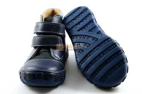Ботинки Тотто из натуральной кожи демисезонные на байке для мальчиков, цвет темно-синий. Изображение 8 из 11.