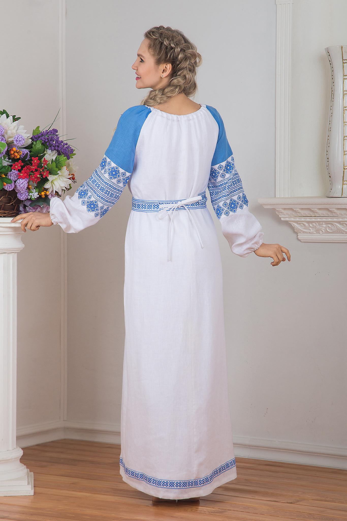 Платье Репейник счастья (белое) вид сзади