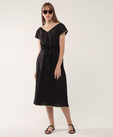 Черное платье с желтой окантовкой