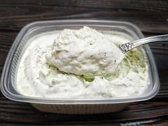 Сыр мягкий Маскарпоне с укропом и чесноком, 200 мл