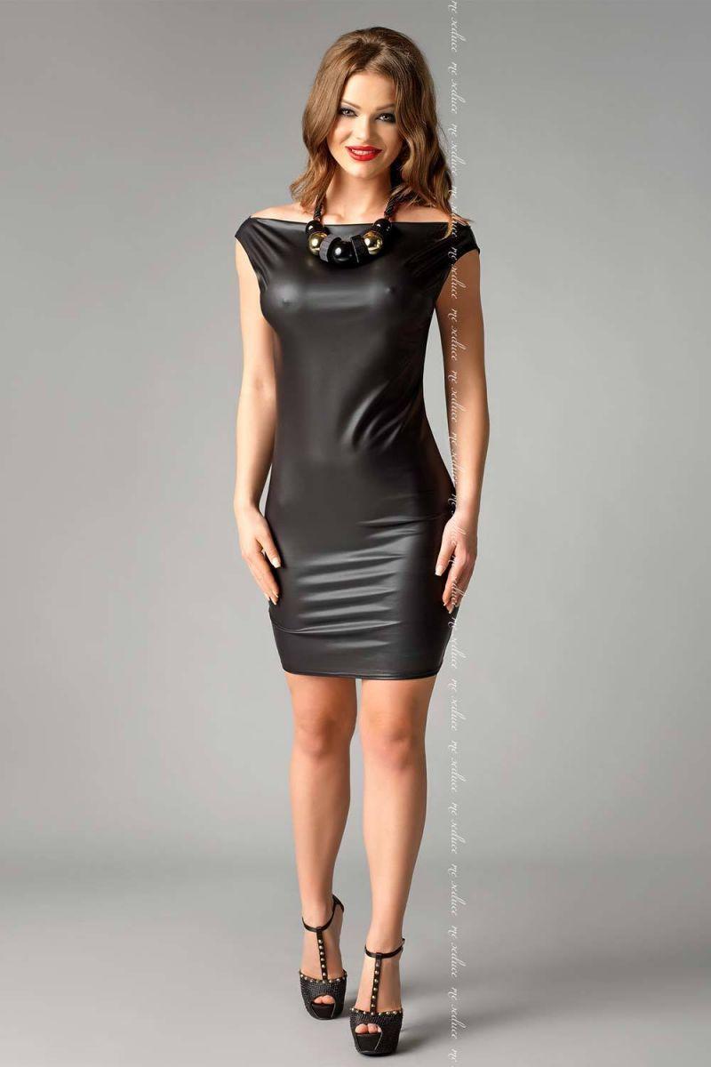БОЛЬШИЕ размеры: Облегающее платье из материала под кожу Joline