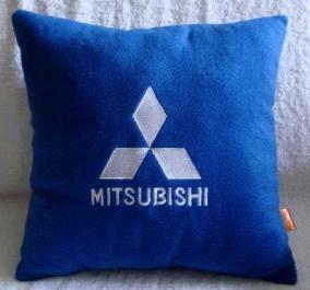 Подушка автомобильная с логотипом MITSUBISHI