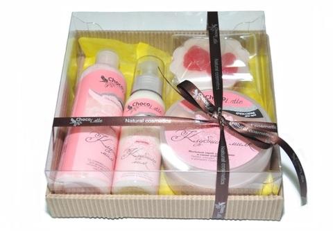 Набор подарочный №4 для тела и душа Клубника-Милк (пенка, молочко, скрабби, мыло)/TM ChocoLatte
