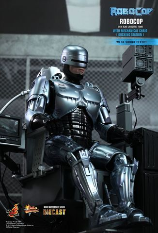 Robocop Movie Masterpiece Series Diecast With Mechanical Chair