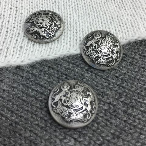 Пуговица сток Max Mara металл 25 мм старое серебро