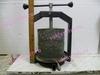 Пресс ручной для сока из ягод.Пресс для сыра
