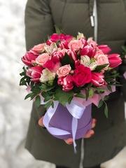 Мини коробка с тюльпанами