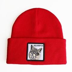Вязаная шапка с принтом (эмблемой) Лиса красная